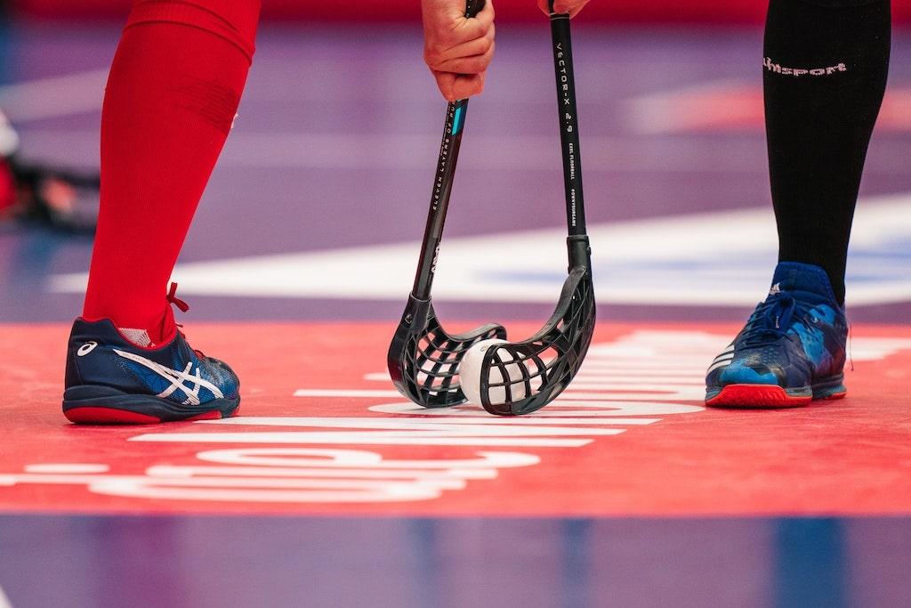 Bully beim Unihockey Herren. Foto: Claudio Schwarz / unsplash