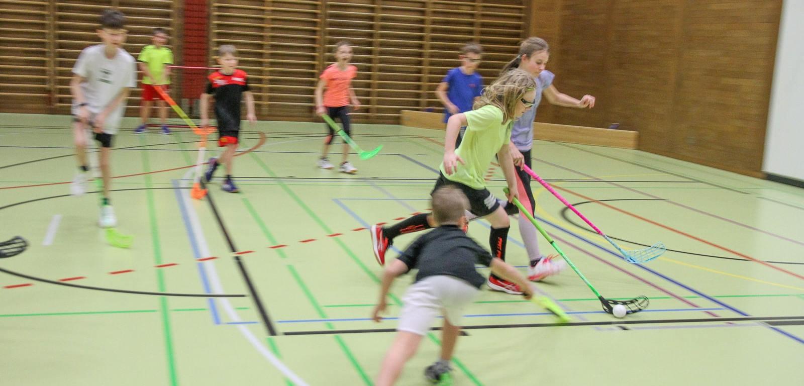 Juniorentraining beim UHC Kreuzlingen